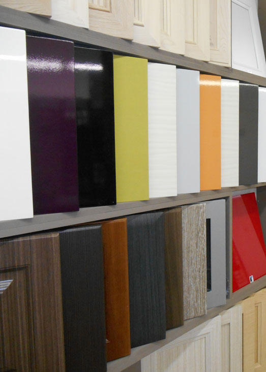 Lechesne inc produits portes d 39 armoire victoriaville - Armoires polyester vs thermoplastique ...